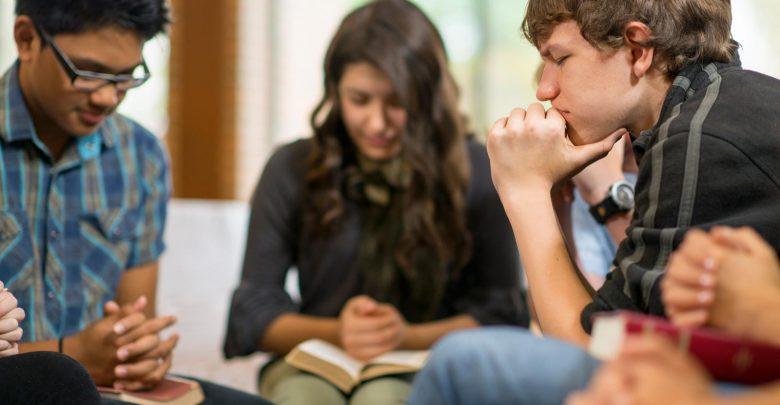 Importância da igreja no amadurecimento dos jovens